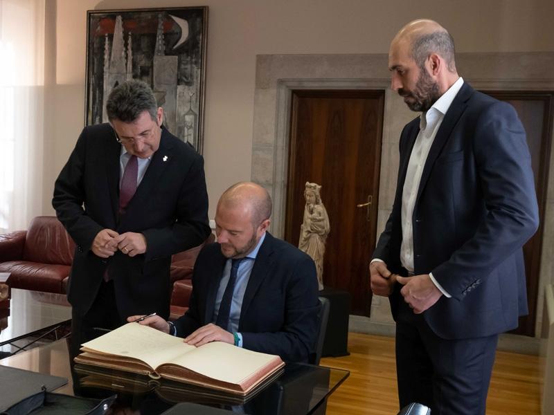 Gaspar visita la Diputació de Girona i insisteix en la defensa institucional del Corredor Mediterrani