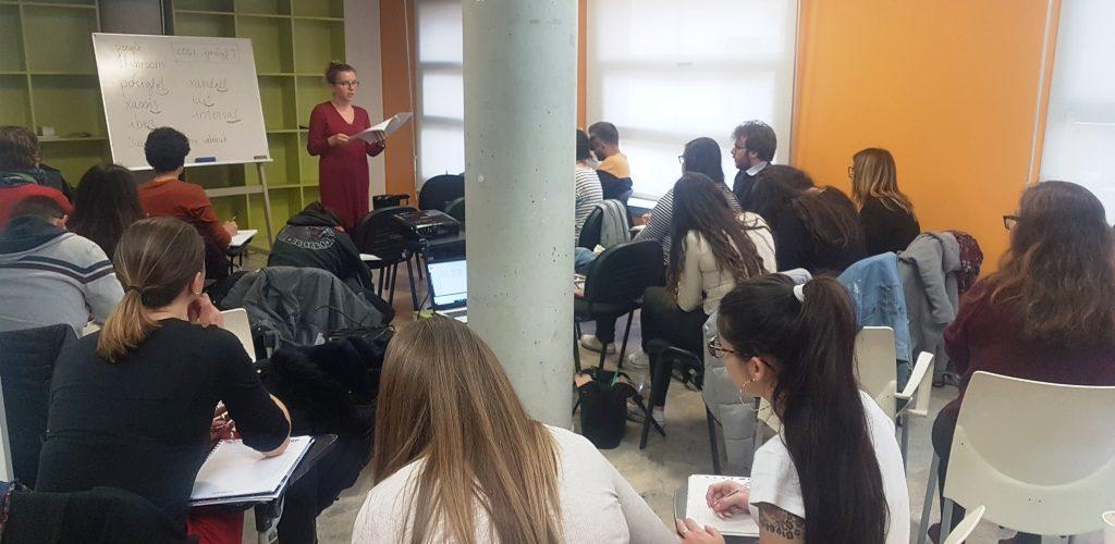 El Consell de la Joventut de València ofereix un curs gratuït intensiu del C2 de valencià