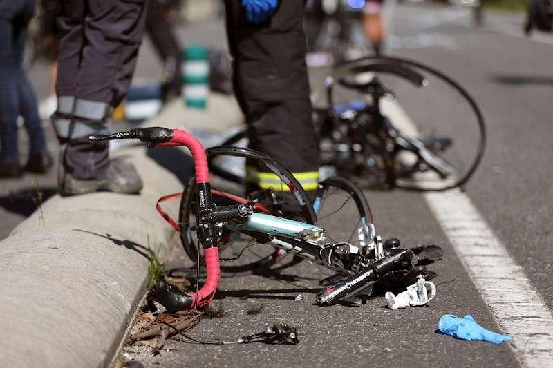 Mor un ciclista de 77 anys en caure per un terraplè a l'Hondón de les Neus