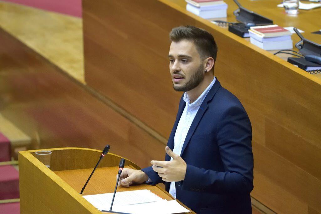 Compromís denuncia la falta de transparència del ministeri de Montero respecte el deute històric d'Andalusia