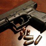 El Gobierno vuelve a vetar aportar la documentación que justifica el permiso armas de Santiago Abascal