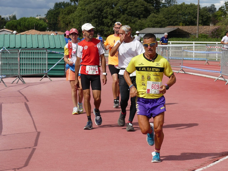 Eduardo L. Gómez, repeteix triomf en Villenave D'Ornon (França), i estableix un altre nou rècord de la prova de 6 hores