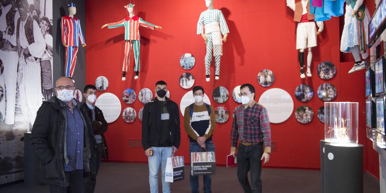 L'ETNO. Museu Valencià d'Etnologia acull l'exposició Muixerangues al Cel