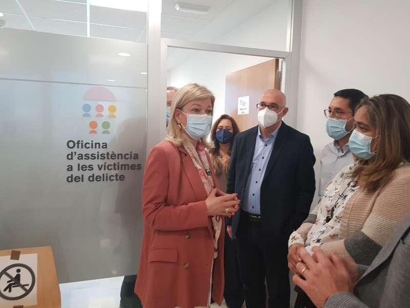 Bravo destaca que el 90% de les víctimes ateses en la nova oficina d'Assistència de Sant Vicent del Raspeig eren dones