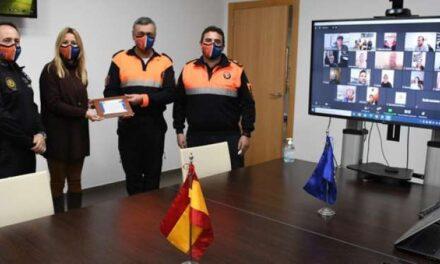 Vila-real ret homenatge als voluntaris de Protecció Civil